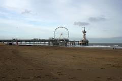 Scheveningen Beach - Den Haag (okrakaro) Tags: beach scheveningen thehague denhaag pier ocean northsea riesenrad ferriswheel netherlands nordsee januar 2018 nature landscape natur landschaft