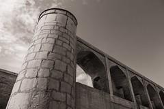 Mighty Quinn (toletoletole (www.levold.de/photosphere)) Tags: fuji fujixpro2 isfahan iran xf18135mm esfahan sw bw architektur architecture building brücke bridge siosepol
