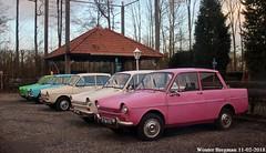 Daf 33 variomatic (XBXG) Tags: 2156vn 59ya12 daf 33 variomatic 1972 dafje kuinre nederland holland netherlands paysbas vintage old dutch classic car auto automobile voiture ancienne hollandaise néerlandaise nederlands vehicle outdoor pink rose
