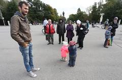 IMG_7759 (Slavik Terebov) Tags: cherepovets kids children canon6d canon1740l russia people street
