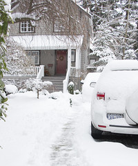 My Friend Val's House Today (ruthlesscrab) Tags: snow vancouver wtf storm bc canada