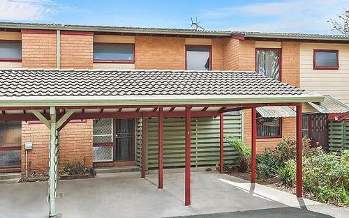 8/99 Rawson Rd, Greenacre NSW 2190