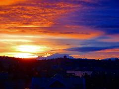 A beautiful start to a rainy Thursday (+4) (peggyhr) Tags: peggyhr sunrise mtbaker clouds harbour orange mauve yellow silhouettes blue dsc05842a vancouver bc canada