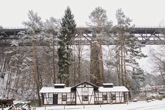 Eiswoog, Bahnhof der Stumpfwaldbahn / Station of the Stumpfwaldbahn (reipa59) Tags: bahnhof rheinlandpfalz railsteamengine stumpfwaldbahn eiswoog damplok ramsen pfalz nordwestpfalz palatinate donnersberg see brücke bridge eisenbahn schmalspur railroad