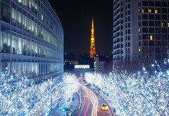 Tokyo Tower (snphon754) Tags: light sliver traffic street city evening winter tokyo amazing lighting night roppongi japan tokyotower