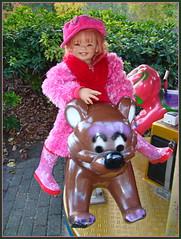 Bärenstarke Sanrike ... (Kindergartenkinder) Tags: sanrike annette himstedt dolls kindergartenkinder karussell