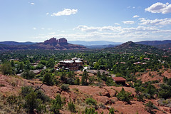 View from Chapel of the Holy Cross - Sedona, AZ (SomePhotosTakenByMe) Tags: urlaub vacation holiday usa america amerika unitedstates arizona sedona chapeloftheholycross outdoor landschaft landscape redrock gebäude building architektur architecture panorama cathedralrock berg mountain 503chapelroad