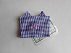 Porta-documentos Gatinho - Xadrez Azul (O Jardim Acessórios) Tags: portacartões cartões algodão tecido carteirinha gato presente cute artesanal pocket portadocumentos gatinho