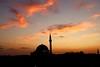 Coucher de soleil sur Saint-Jean d'Acre, 23 octobre 2017 - à l'heure dite (.urbanman.) Tags: akko dôme minaret ombre silhouettes orange soir soirée tombée nuit couchant ouest west saintjeandacre