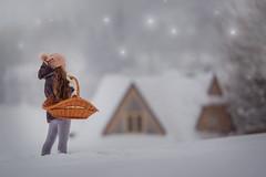 Home (Willie Kers Gwynn) Tags: apeldoorn gelderland nederland photographer williekers daglicht fotograaf fotografie naturallight naturallightchildphotographer natuurlijklicht portraitphotographer portraiture portretfotograaf workshopphotograpy canon200l20 canon 5dmarkiii poland snow winter childhood childphotography magic lights fineart white