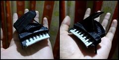 ORIGAMI PIANO (V2) (Neelesh K) Tags: origami piano baby grand neeleshk paperfolding black white color change