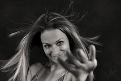 ' N A T U R A L' (chyky9) Tags: nikon nikonistas nikond7200 photography portrait retrato selfportrait autoretrato aire cabello blonde smile sonrisa mirada look happiness felicidad hand blackwhite bn darkness dark white hair monocromo monocromático duotono libertad life freedom free