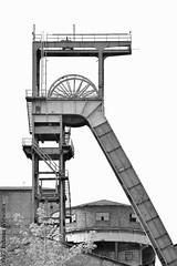 KWK Mysłowice, wieża szybu Sas   Mysłowice coal mine, the tower of shaft Sas (Przemysłowy Aspekt Świata) Tags: mysłowice kwkmysłowice śląsk górnictwo górnyśląsk górnictwowęglakamiennego górnośląskiokręgprzemysłowy szyb szybsas wieżaszybowa wieżawyciągowa wyciąg przemysł przemysłciężki przemysłwydobywczy węgiel węgielkamienny polska województwośląskie dziedzictwoprzemysłowe zabytek kopalnia kopalniamysłowice fotografiaprzemysłowa fotografiaindustrialna 2017 kulturaprzemysłowa industrialculture industry industriekultur industrie förderturm bergbau bergwerk schlesien oberschlesien silesia uppersilesia polen poland industriefotografie industrielandschaft kohle kohlebergbau miningindustry mining coal coalmine coalmining colliery pithead shaft tower industrialarchitecture industriearchitektur architektura architekturaprzemysłowa