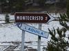 Gran Sasso (Simone Ramella) Tags: italia italy abruzzo appennino gransasso neve snow montagna mountain cartellistradali roadsigns