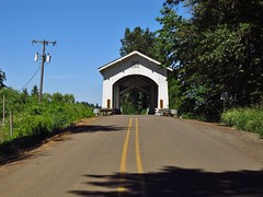 Scio, Oregon (Jasperdo) Tags: scio oregon roadtrip gilkeycoveredbridge coveredbridge bridge road highway