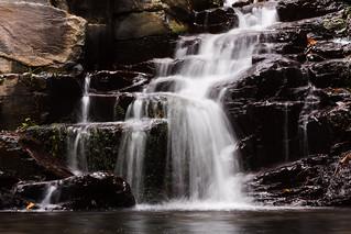 Wasserfall aus Stufen