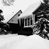 Le coiffeur avait les mains gelées... (woltarise) Tags: maisons glace stalactites gel neige ambiance hiver montréal rosemont