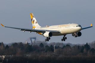 Etihad Airways - Airbus A330-243 - A6-EYK