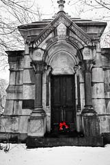 Graceland 11 (cbillups) Tags: gracelandcemetery charliebillupschicago cemetery chicago