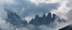 Geislergruppe / Gruppo delle Odle (CBrug) Tags: geislergruppe gruppodelleodle wolken clouds nebel berg
