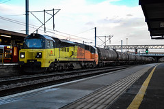 70805 - Bedford - 12/02/18. (Trphotography04) Tags: colas rail freight 70805 stands bedford after driver change working 6e381354 colnbrook lindsey oil refinery