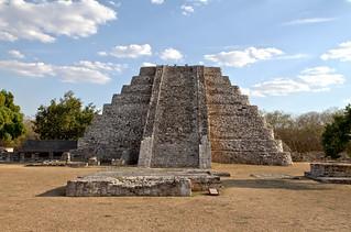 The pyramid from Mayapan
