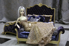 "Set  ""Royal"" 1:4 (JuliaGart) Tags: order banquette kd sybarite numina pillow scale 14 furniture furniturefordolls furnitureforthesybarite julia juliagart gartung diorama pandora superfrock"