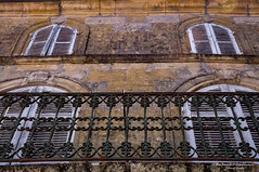 Doors, balconies and windows - Monpazier/FR (About Pixels) Tags: 0721 10001500ac 2015 aboutpixels fr france frankrijk lpbvf latemiddeleeuwen latemiddleages lesplusbeauxvillagesdefrance mnd07 middeleeuwen monpazier nikond90 nikon nouvelleaquitaine summerseason zomerseizoen algemeen anno1250 appliedart appliedarts architecture architectuur art balcony balkon bouwwerk building cityscape collecties construction facade fence gebouw gevel hekwerk historie juli july kunst luik medieval shutter stadsgezicht stedelijk toegepastekunst urban history