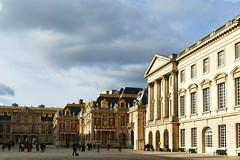 Versailles (Le.Patou) Tags: versailles château castle palace davos roi king pavé cour square pavement meeting