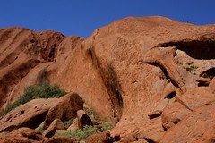 uluru ..the rock and the climb (moniq84) Tags: uluru ayers rock desert alice springs red center sky sunny hot climb people two aboriginess land nature photography landscapes green blue
