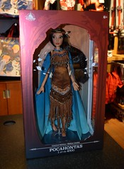 Pocahontas Limited Edition Doll Release - 2018-03-06 (drj1828) Tags: pocahontas disneystore us limitededition 16inch doll le4500 posable release instore purchase 2018 collectible animated