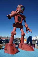 mr robot (rovingmagpie) Tags: newmexico santafe meowwolf houseofeternalreturn immersiveart robot art bday2018