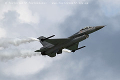 6580 Belgian F16 Display (photozone72) Tags: eastbourne airshows aircraft airshow aviation belgianairforce belgian f16 canon canon7dmk2 canon100400f4556lii 7dmk2