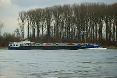 TMS EILTANK 6 (Lutz Blohm) Tags: tmseiltank6 tankschiff rhein rheinschifffahrt binnenschifffahrt binnenschiffe gütermotorschiff fluskilometer394 fe70300goss sonyalpha7aii
