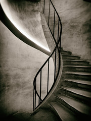 Spiral (Feldore) Tags: paris pantheon steps spiral worn vintage old stairs staircase stone atget french france feldore mchugh em1 olympus 1240mm