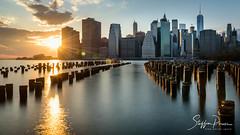 New York Skyline 2 (svpe4711) Tags: night brooklynbridgepark usa d750 pier sunset newyork sonne light skyscraper eastriver urban architecture city travel clouds bluesky sun blue nyc bluehour downtownskyline citylights blau longexposure sky ny america manhattan wolken blauerhimmel