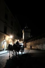 XE3F7482 (Enrique Romero G) Tags: floriańska florian cracovia cracow krakow poland polonia street calle brama gate puerta ulica fujixe3 fujinon1024 night noche nocturna