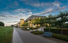 Ostsee  (22) (berndtolksdorf1) Tags: deutschland mecklenburgvorpommern ostsee zingst strandproenade outdoor himmel sky häuser