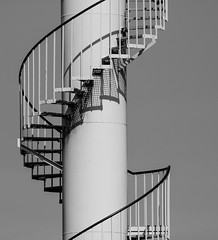 helico (cc .. jeckle) Tags: stairs escalier ombres shadow noir blanc black white métal steel