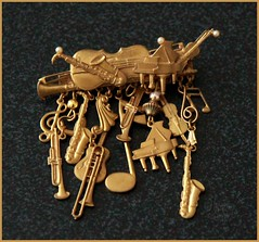 Musical brooch (heatherpix) Tags: musicalinstruments brooch colour