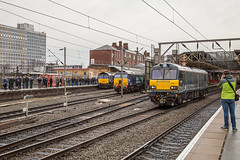 66428 57304 92038 Crewe 10022018 (TheSilkmoth) Tags: 57304 prideofcheshire class57 zombie bodysnatcher drs ge generalelectric rebuild reengineered directrailservices 66428 class66 shed yingying 92038 class92 dyson gbrf gbrailfreight builtbybrush caledoniansleeper cs midnightteal dellnercoupler 1z05 blueboysribblerouser pathfindertours railtour charter 0527eastleightoprestondocks crewestation cheshirerailways