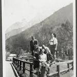 Archiv FaMUC127 Münchner Familie, 1920er thumbnail