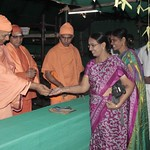 "Guru Puja 2018 _ 01 (8) <a style=""margin-left:10px; font-size:0.8em;"" href=""http://www.flickr.com/photos/47844184@N02/38692499865/"" target=""_blank"">@flickr</a>"