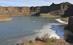 Sun Lakes - Dry Falls State Park (fly flipper) Tags: sunlakesdryfallsstatepark grandcoulee hikingwashington washingtonscablands deeplake dryfalls couleecity umatillarock washingtonschanneledscablands