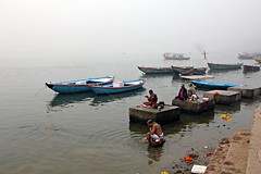 (claudiophoto) Tags: varanasi india sadhu meditation gange ganga fiumesacro river indiatravel historycity