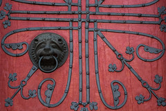 knock-knock (Anselm Wagner) Tags: door church iron wood paint medieval gothic marburg