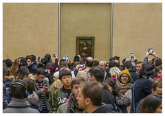 Watching the Mona Lisa - The Louvre Paris (Mark Dyer @ Island Picture Framing) Tags: leonardodavinci the louvre paris painting museum mona lisa monalisa art
