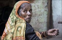 INDIA8758 (Glenn Losack, M.D.) Tags: indiapushkarphotojournalistglennlosackstreetphotographerpeoplescenicshindusanimalsmuslimsbeggingprayermelasfairsfestivalsportraitsleprosysadhusvindravanmathuravaranasikashibanarashomelessphotojournalismdeformedmasjidnewdelhi new delhi