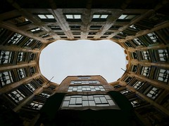 Casa Mila (brianlarsen4) Tags: circle architecture mila casa barcelona gaudí