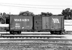 Wabash Boxcar at Decatur, Illinois (itcrrfan) Tags: wabash nw boxcar decatur illinois box car 40 railroad